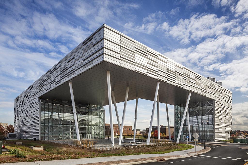 TEN Arquitectos, Façade, Rutgers Business School, Rutgers University, Piscataway, NJ | Photo by Peter Aaron/ESTO